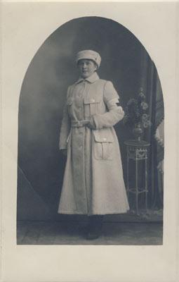 V_305_15_Lotta_Svardina_1918
