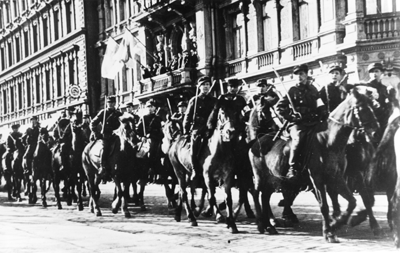 A515 37 Helsingin ratsuvakisuojeluskunnan ohimarssi 1936 Jar