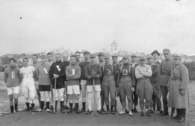 Hameenlinnan ja Lahden pesapallojoukkueet