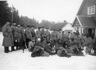Hgin skpiiri Sotakoirakomppania Herttoniemessa 20 3 1921 kuv